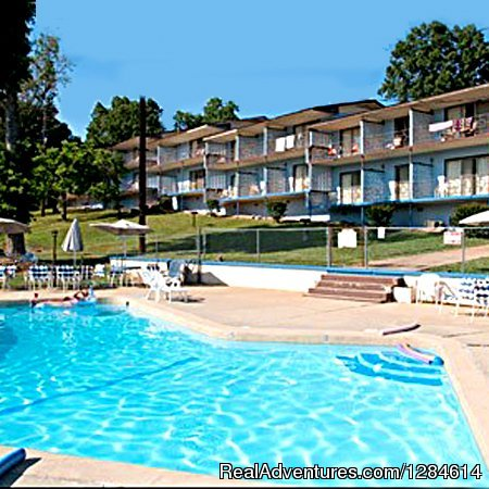 Hotel Lodging Accommodations on Bull Shoals Lake