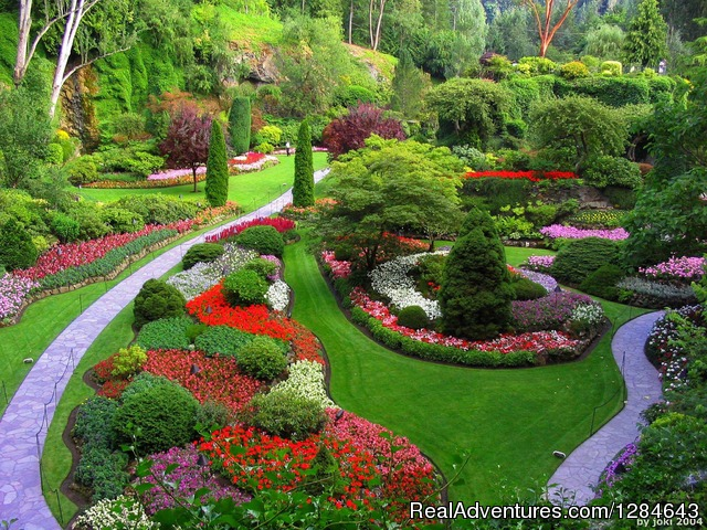 The Butchart Gardens - Surfside Adventure Tours-Private Tour Guide