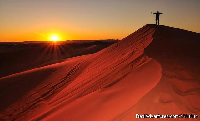 Sunset at the Sahara - The sound of the Sahara in Moroccco