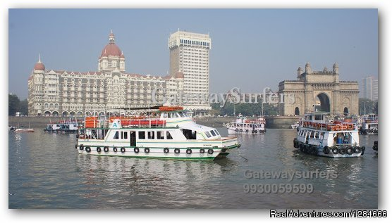 Gateway of India yacht charters in Mumbai