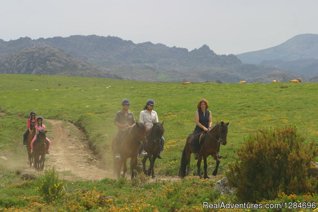 Image #10/18 | Horseback riding in Peneda Geres National Park