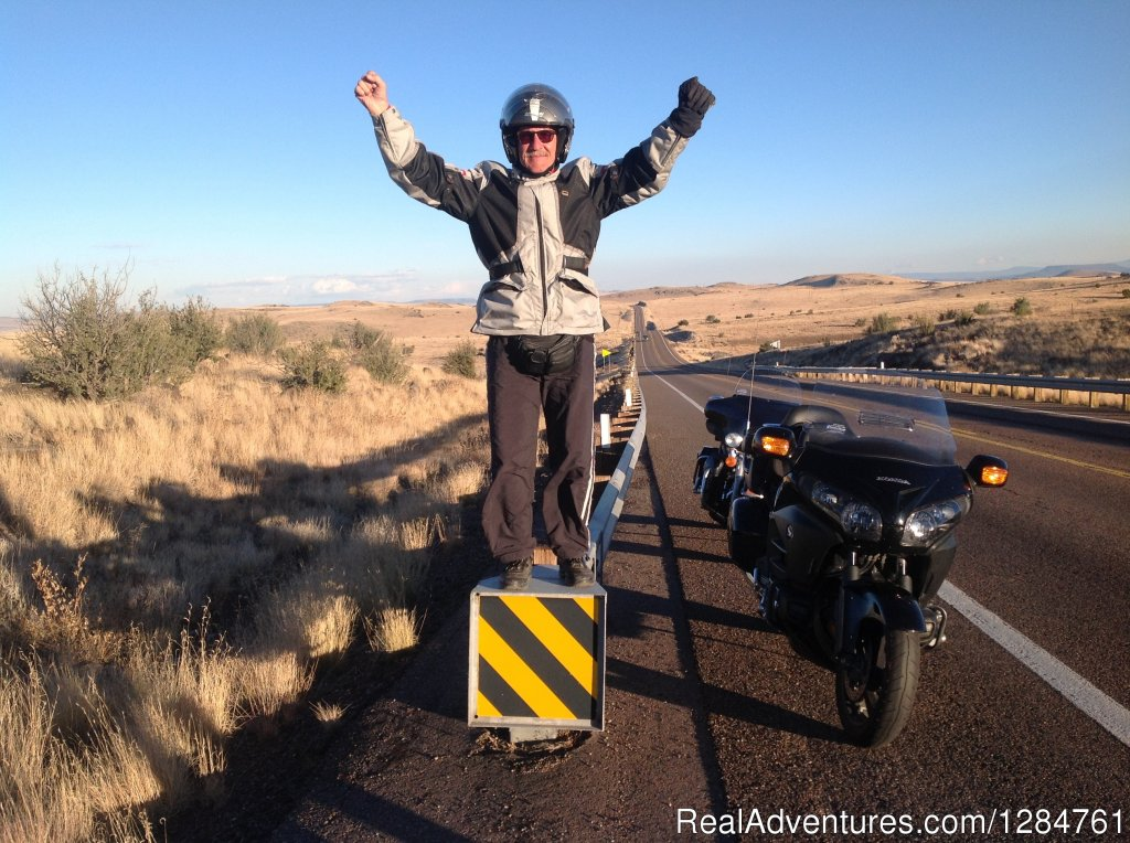 Happy Riding on the American roads on 2 WHEELS...DELUXE | Image #13/20 | Touring Motorcycles Rental And Accommodations