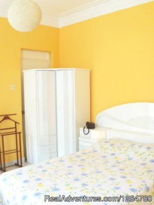 Cute apartment by Malecon Cisneros, Miraflores Lima, Peru Vacation Rentals