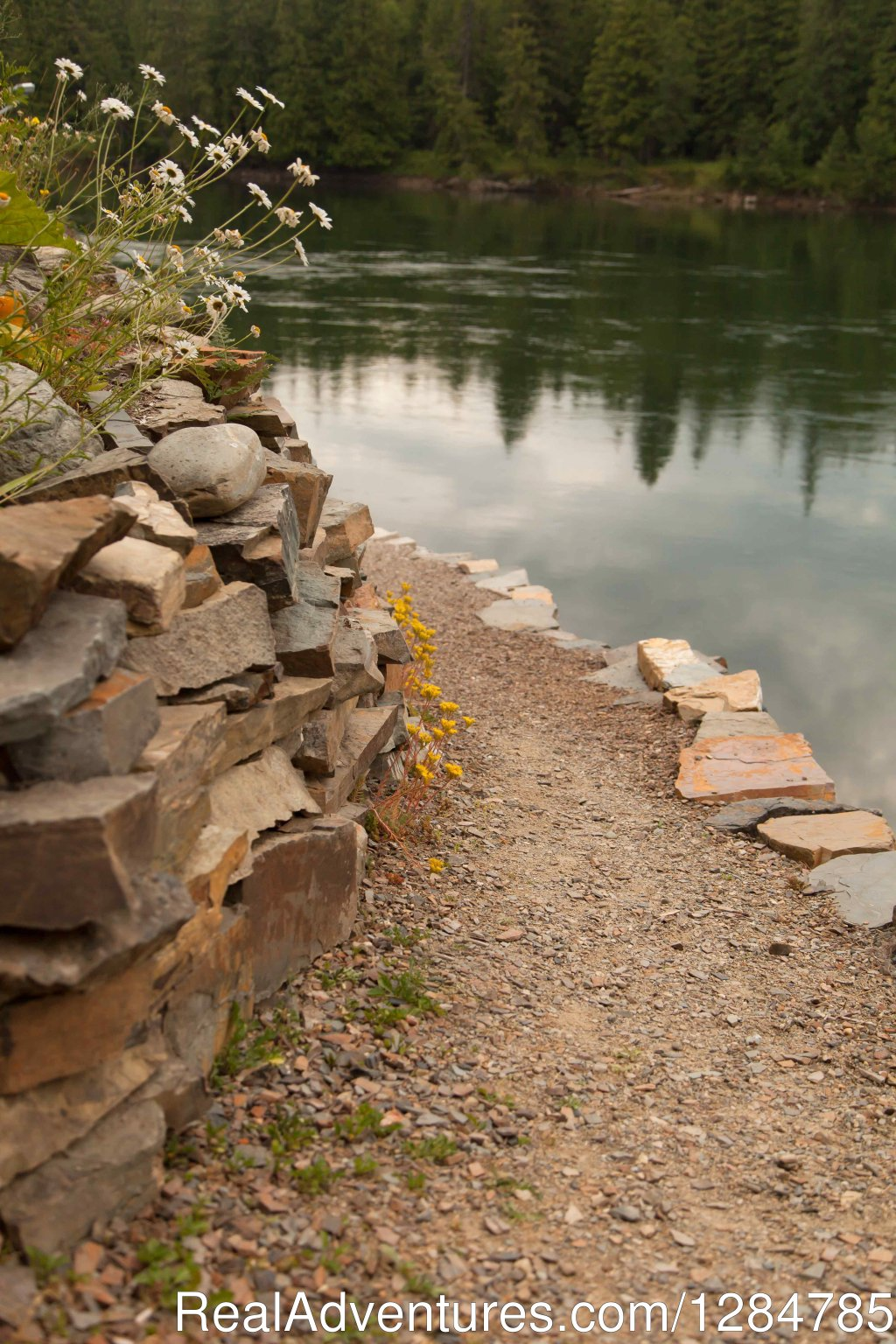 Private Path to the Clark Fork River | Image #4/12 | Enchanting Waterfront Cabin Near Sandpoint Idaho