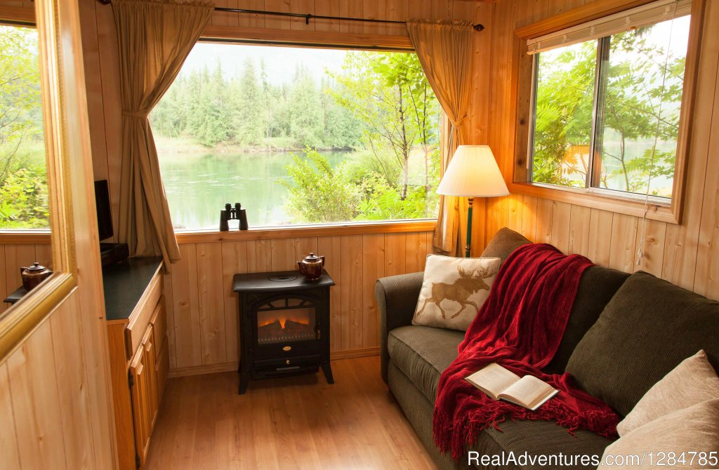 Cozy Rental Cabin Near Sandpoint, ID | Image #5/12 | Enchanting Waterfront Cabin Near Sandpoint Idaho