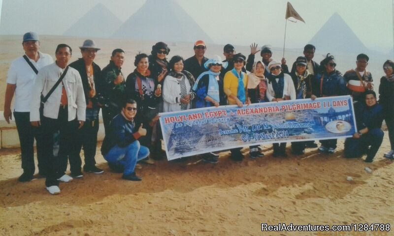 our groups in GIZA | Image #10/11 | Go discovery tours&travel At Egypt tours