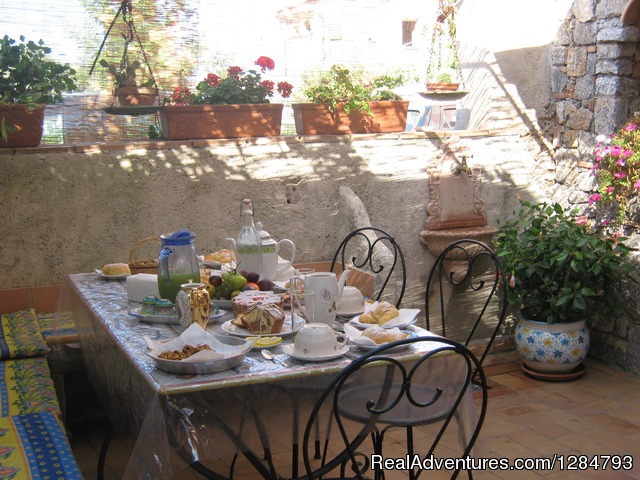 Bed and breakfast La Torretta on the sea