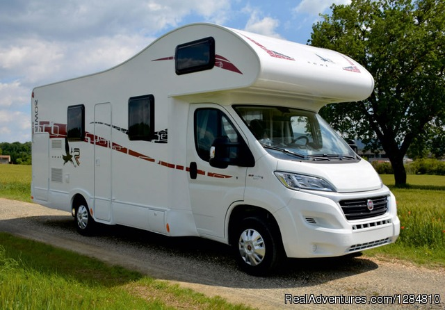 2015 model - Rimor (overcab double bed) - Motorhome rental ROMANIA / Inchirieri autorulote