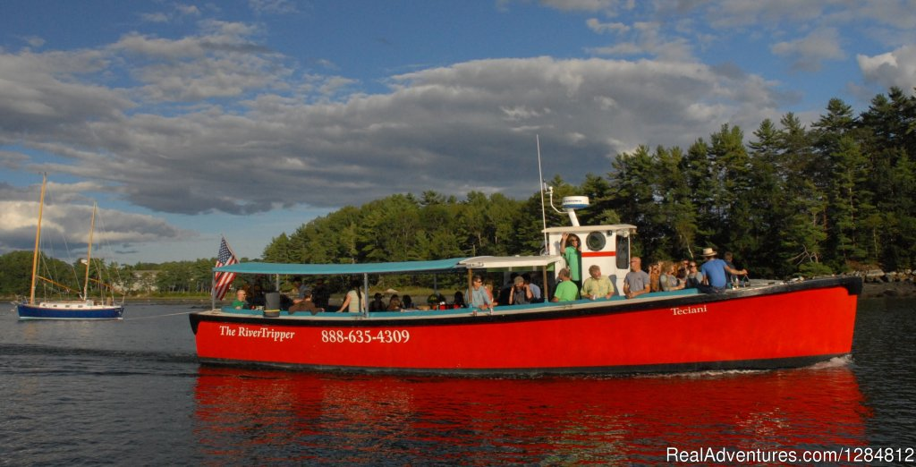 The RiverTripper is a comfortable, 50-foot passenger boat that features a full bar and the world-famous oysters of midcoast Maine. Enjoy aquaculture and historic tours, sunset and music cruises daily, and is available for private parties & functions.