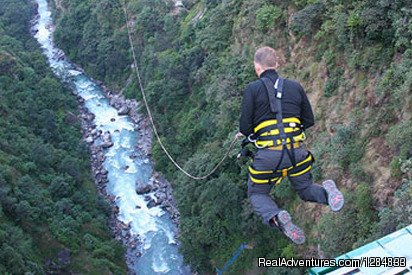 Located very close to the Nepal-Tibet's border is Nepal's first bungee jumping bridge dangling from a height of 160m over the wild Bhotekoshi River. After a three-hour bus ride from Kathmandu, this amazing place will give you the most thrilling exper