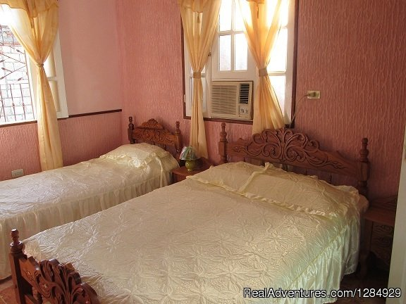 Room 2 | Image #3/8 | Hostal La Gallega