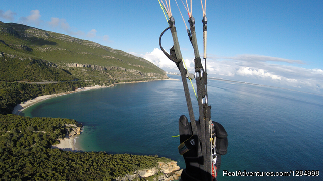 Paragliding guiding and tandem flights holidays Paragliding Caparica, Portugal
