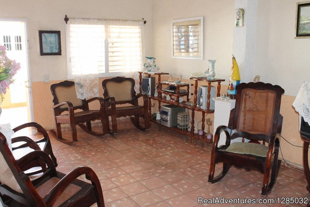 Living room | Image #2/6 | Hostal Don Vivas in Trinidad, Cuba