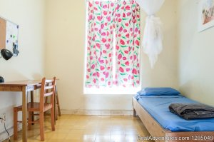 Central Located Budget Hostel Accommodation Poppy Youth Hostels Willemstad, Curacao