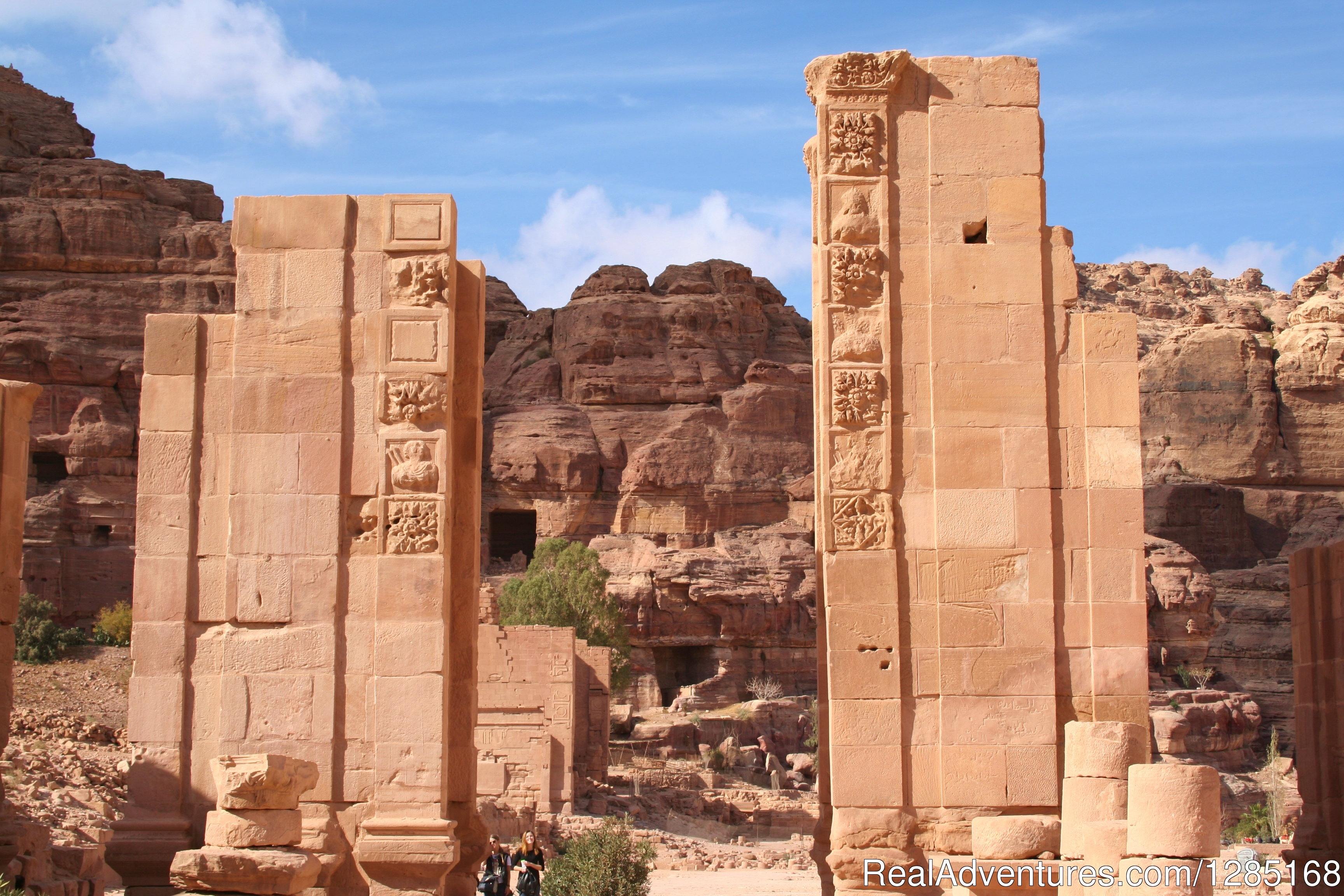 Downtown Petra Gate | Image #5/6 | Nebo Tours Day Tour To Petra