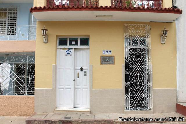 Hostal Tito y Vicky Bed & Breakfasts Trinidad, Cuba