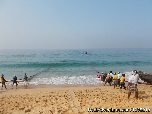 Fishermen on work in Kerala - Motorcycle Tours India -Royal Bike Riders