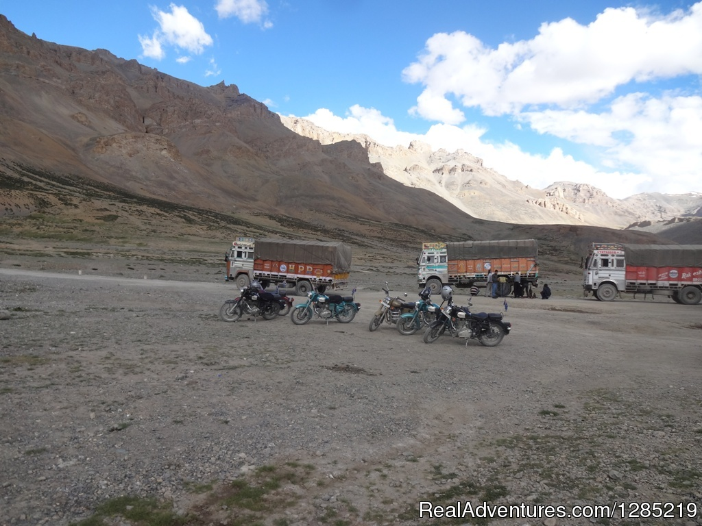Ride to Himalaya by Motorcycle Monks