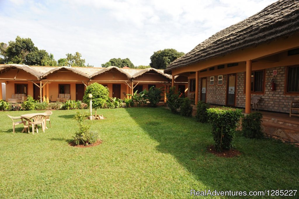Your best budget accommodation In Entebbe. We offer quality and clean rooms all en-suite: single, double, triple room,