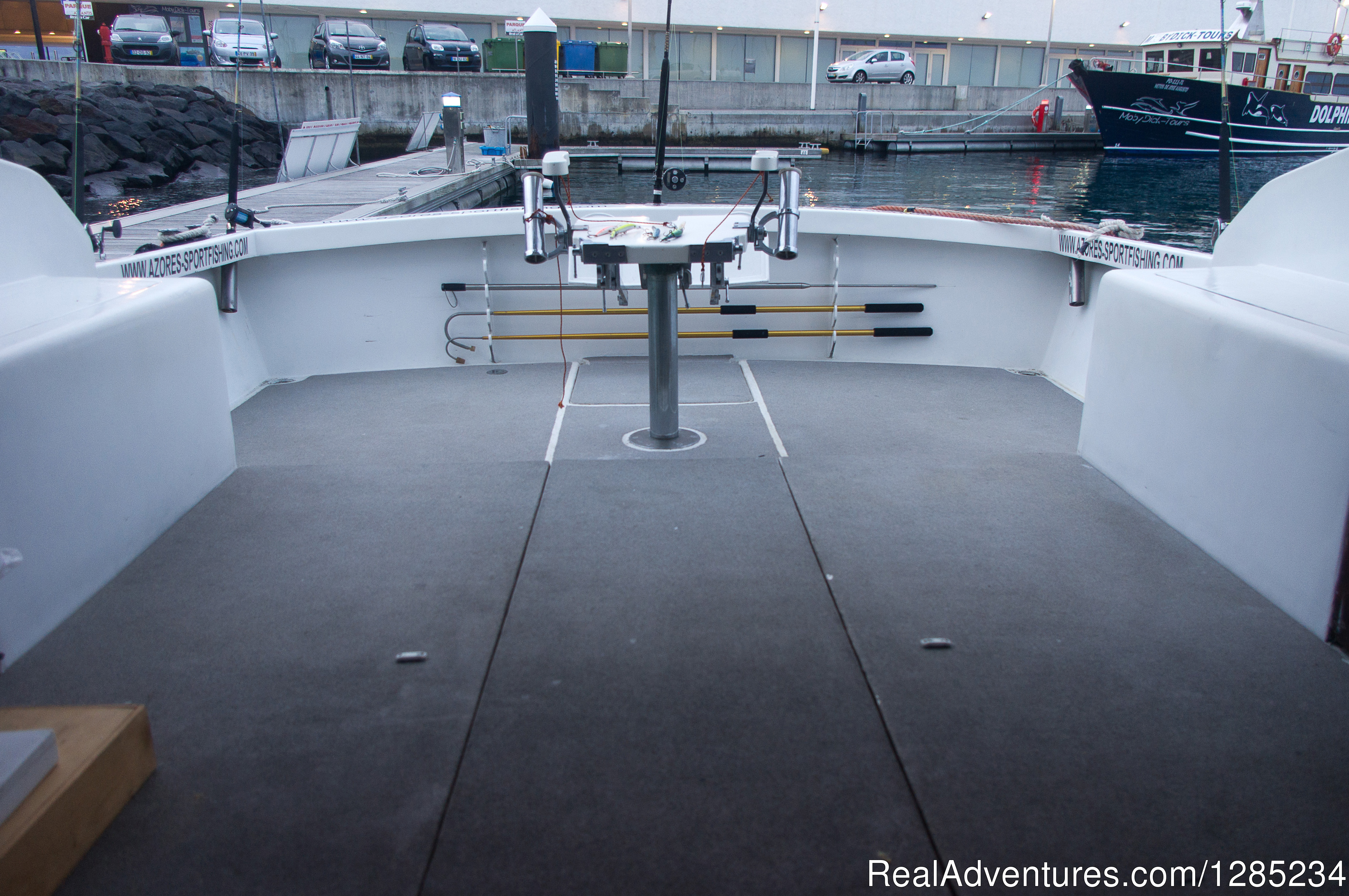 Fishing Zone | Image #7/12 | Oceantur Sportfishing Azores