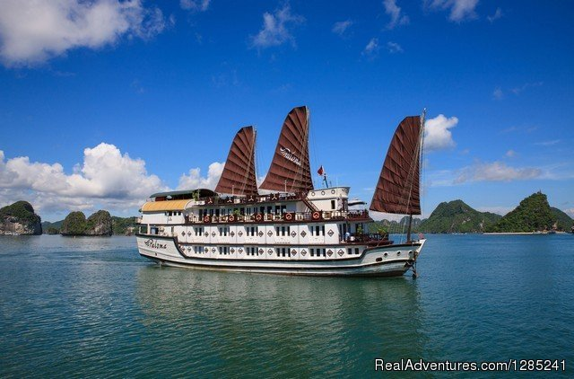 Paloma Over View | Image #1/20 | Ha Long, Viet Nam | Hotels & Resorts | Halong Paloma Cruise