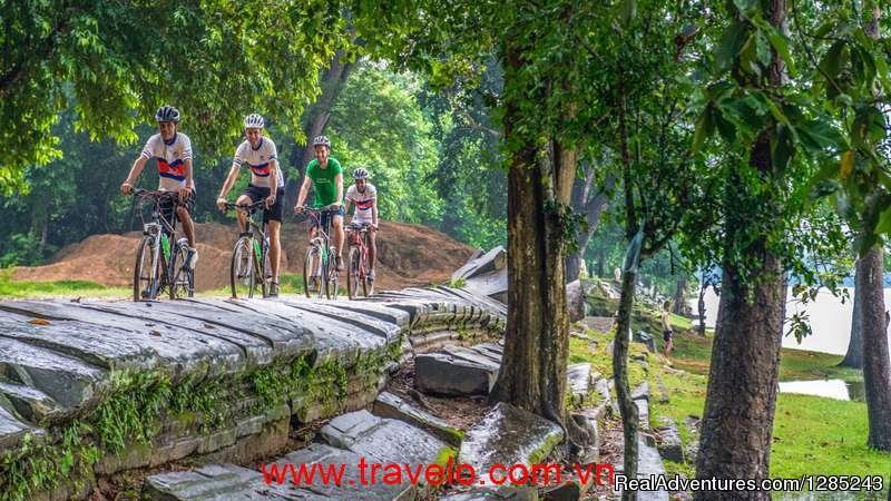 This is an adventurous, moving on tour through the mountainous north-west provinces of Vietnam and Laos. Luggage transfer and vehicle support will be provided. The tour is suitable for fit, experienced cycling enthusiasts. Vietnam's far North West