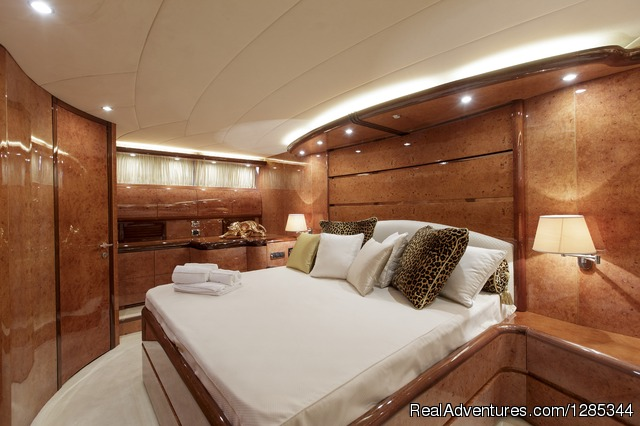 Sea Jaguar, Bedroom 1 (Double) - Luxury Super Yacht in Maldives, Sea Jaguar