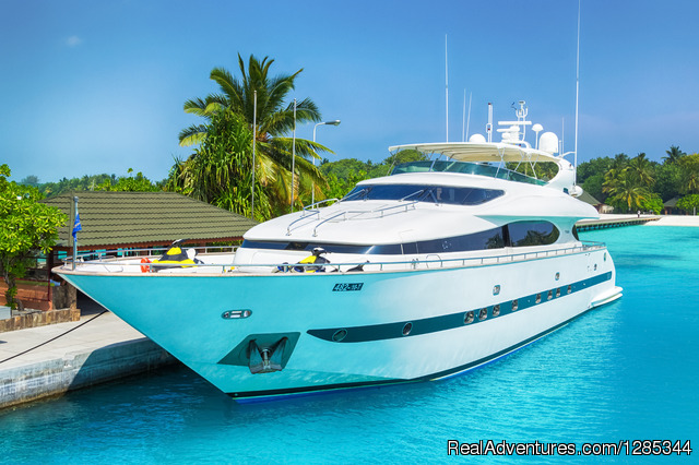 Sea Jaguar, Side View - Luxury Super Yacht in Maldives, Sea Jaguar