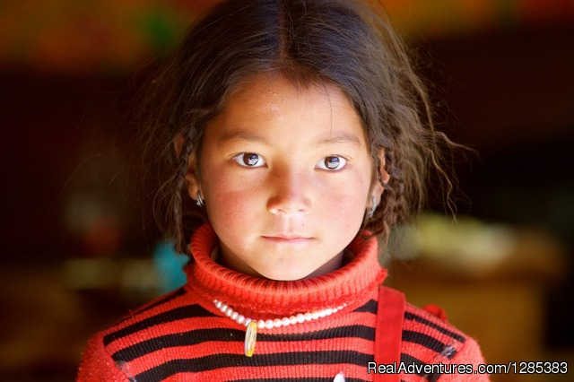 Eastern Tibet nomad girl - Tibet Photo Workshop