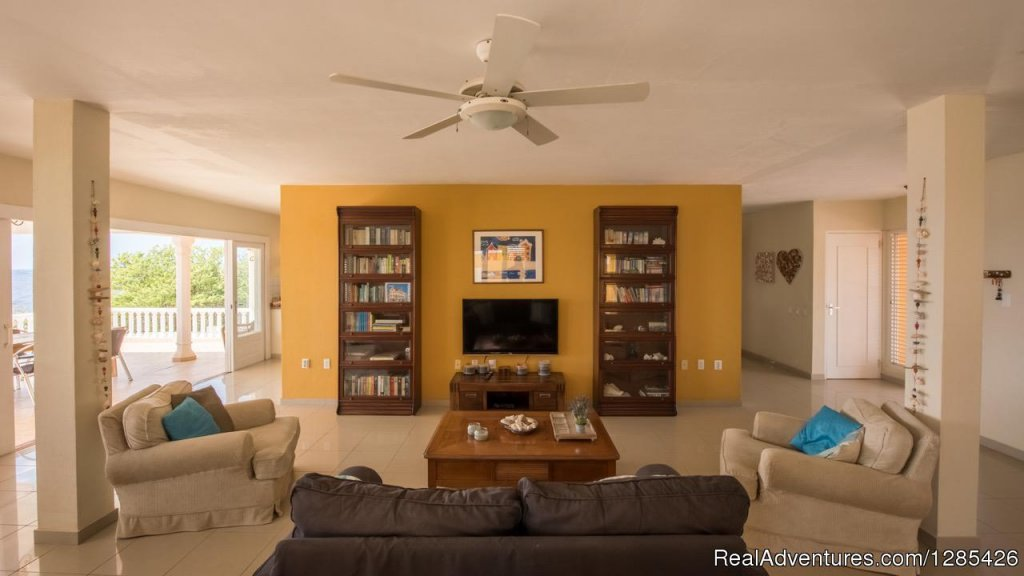 Image #12/22 | Oceanfront villa with private pool in Curacao, Dut