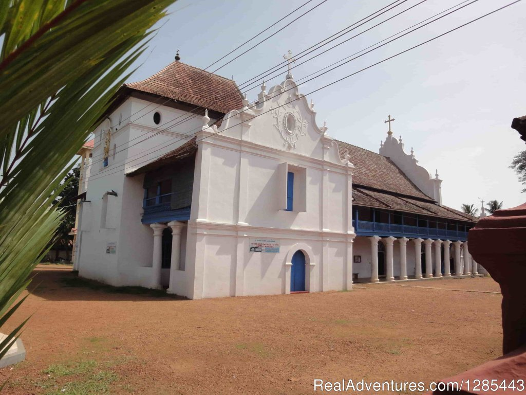 Champakulam St.Mary's Church | Image #6/7 | Kerala Honeymoon Tour Packages