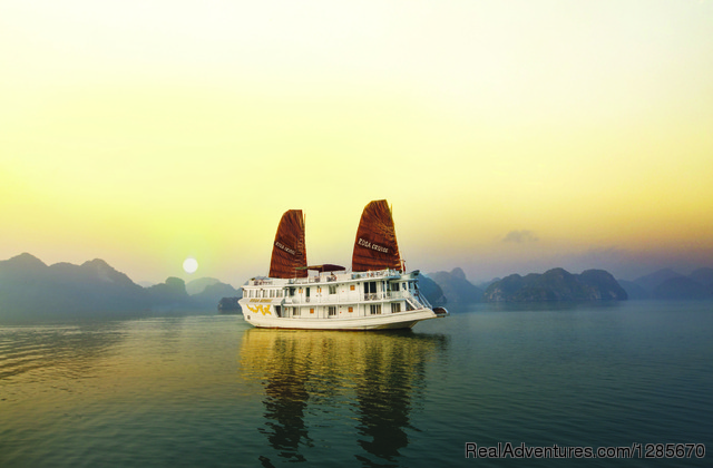 Welcome to Adventure Indochina Travel Ha Noi, Viet Nam, Viet Nam Cruises