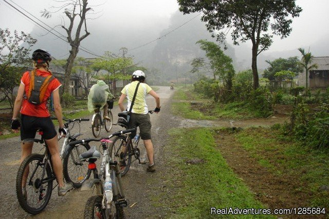 Biking tours with lvp travel | Image #4/19 | Vietnam highlight tours, Luxury Vacation Packages