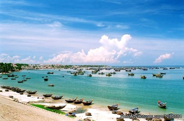 Danang beach tours | Image #12/19 | Vietnam highlight tours, Luxury Vacation Packages