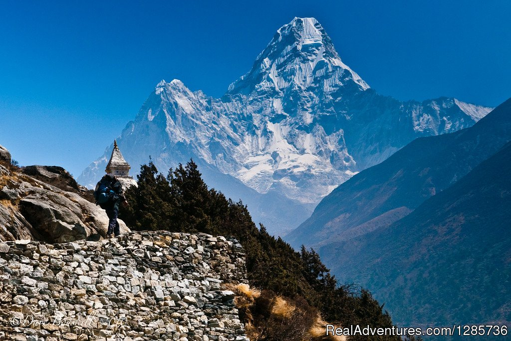 Exclusive view of Mt. Amadablam | Image #3/3 | Everest Base Camp Trek with Himalayan Expert Team