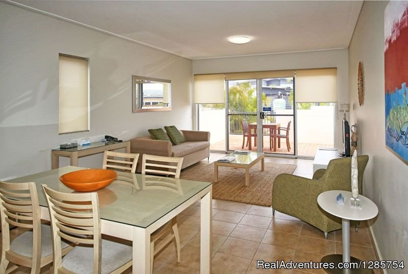 Lounge/dining area | Image #1/6 | Geraldton, Australia | Hotels & Resorts | Geraldton Serviced Apartments