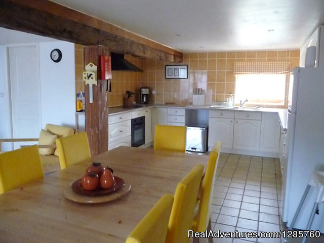 Kitchen/Diner - Rent this beautiful house in Dordogne France