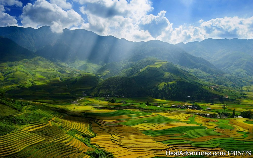 Puluong-Thanhhoa-AsiaPacificTravel-Ecotour3 | Image #3/4 | 3-Day Trekking in Pu Luong with Night at Pu Luong
