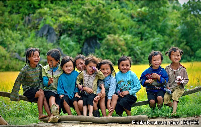 enjoy with kid in Sapa Vietnam