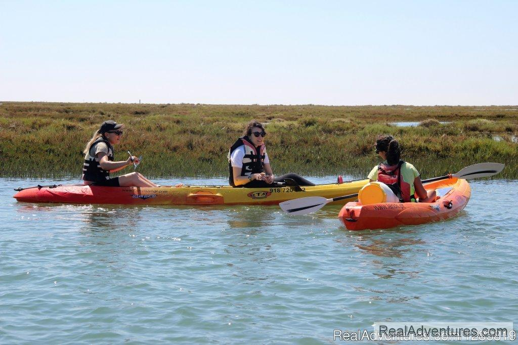 Enjoy kayaking during your holiday in the Algarve | Image #3/5 | Kayaking the Eastern Algarve in Ria Formosa