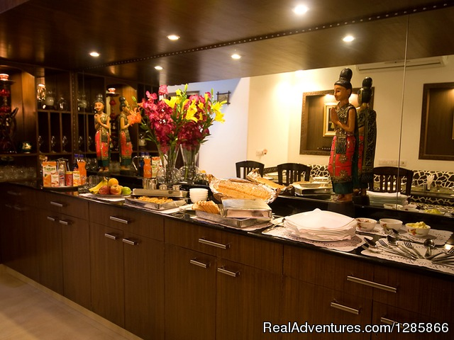 Start booking bed and breakfast hotels in Delhi Delhi-India, India Bed & Breakfasts