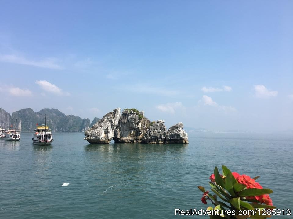 Halong Bay | Image #4/12 | Vietnam Classic tour 10days  from South to North