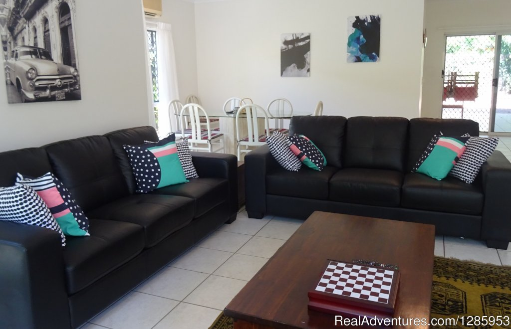 Image #2/11 | Palm Cove Holiday House $320 p/n Min Stay 5 nights