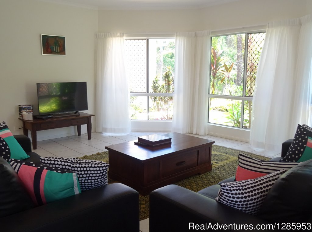 Image #6/11 | Palm Cove Holiday House $320 p/n Min Stay 5 nights