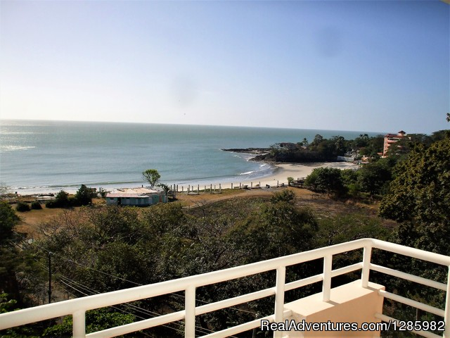 Ocean View 2 bed/2 bath apt with pool in Gorgona