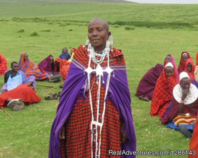 Maasai lady asking for family planning | Image #10/13 | Safari, Maasai Development Project