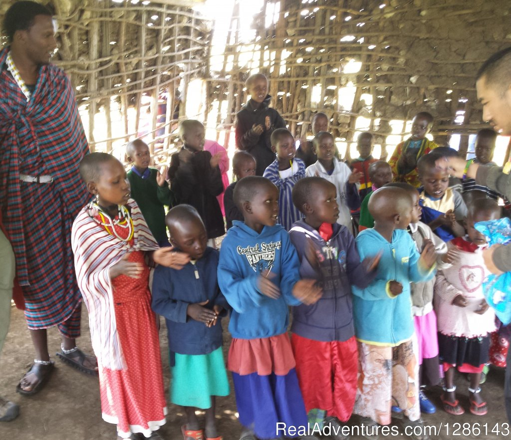 Nursery school leaks badly when it rains | Image #12/13 | Safari, Maasai Development Project