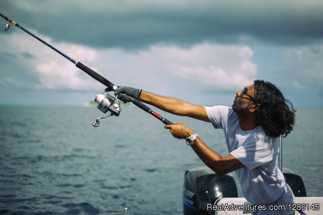 Casting - Kraken II Game Fishing & Excursion Charter