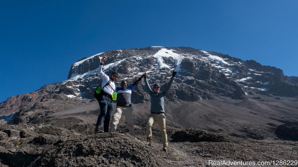 Climbing Mountain | Image #4/9 | Mountain kilmanjaro lemosho Route 10 Days