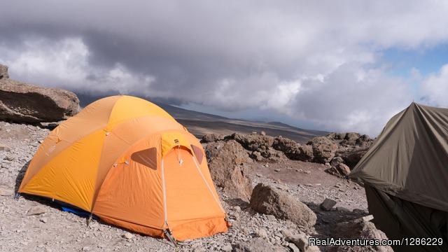 Camping - Mountain kilmanjaro lemosho Route 10 Days